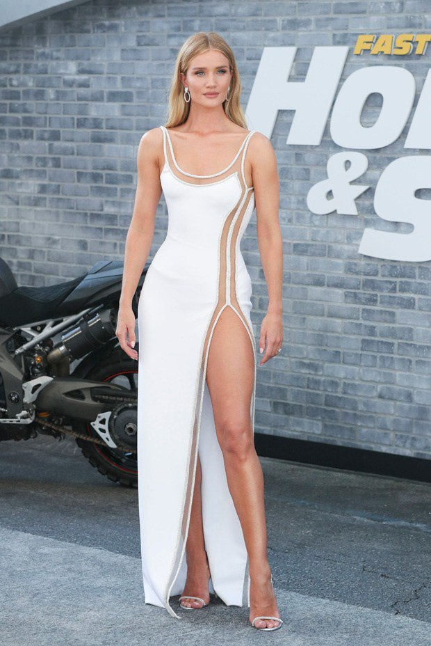 Rosie Huntington-Whiteley at 'Fast & Furious Presents: Hobbs & Shaw' World Premiere